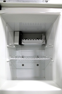 USED NORCOLD INC. REFRIGERATOR MODEL NO.: 1200LRIM S/N: 1356229
