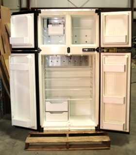 USED RV MOTORHOME REFRIGERATOR | REFRIGERATOR  WITH WOODEN FINISH WITH ICE MAKER. MODEL: 1200LRIM S/N: 689530FB