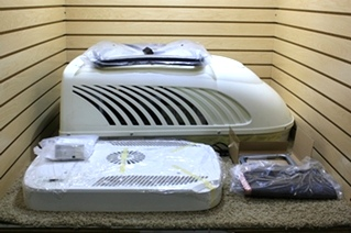 RV AIR CONDITIONER UNIT 13,500 BTU FOR SALE