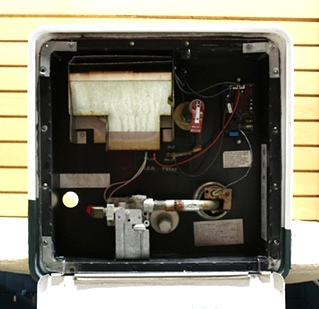 USED MOTORHOME GC10A-3E ATWOOD WATER HEATER FOR SALE