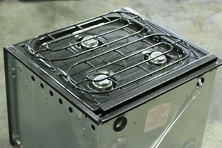 USED BLACK 4 BURNER MAGIC CHEF OVEN/STOVE CLY1231BOB RV OVEN MOTORHOME PARTS FOR SALE